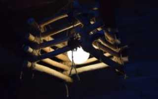 Оригинальная деревянная люстра своими руками