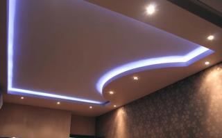Потолок из гипсокартона с подсветкой своими руками