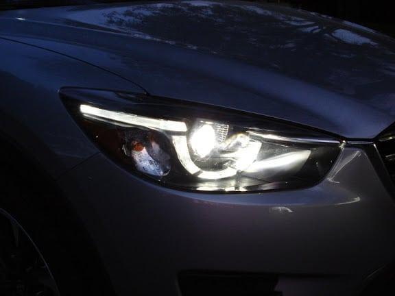 фара Mazda 6