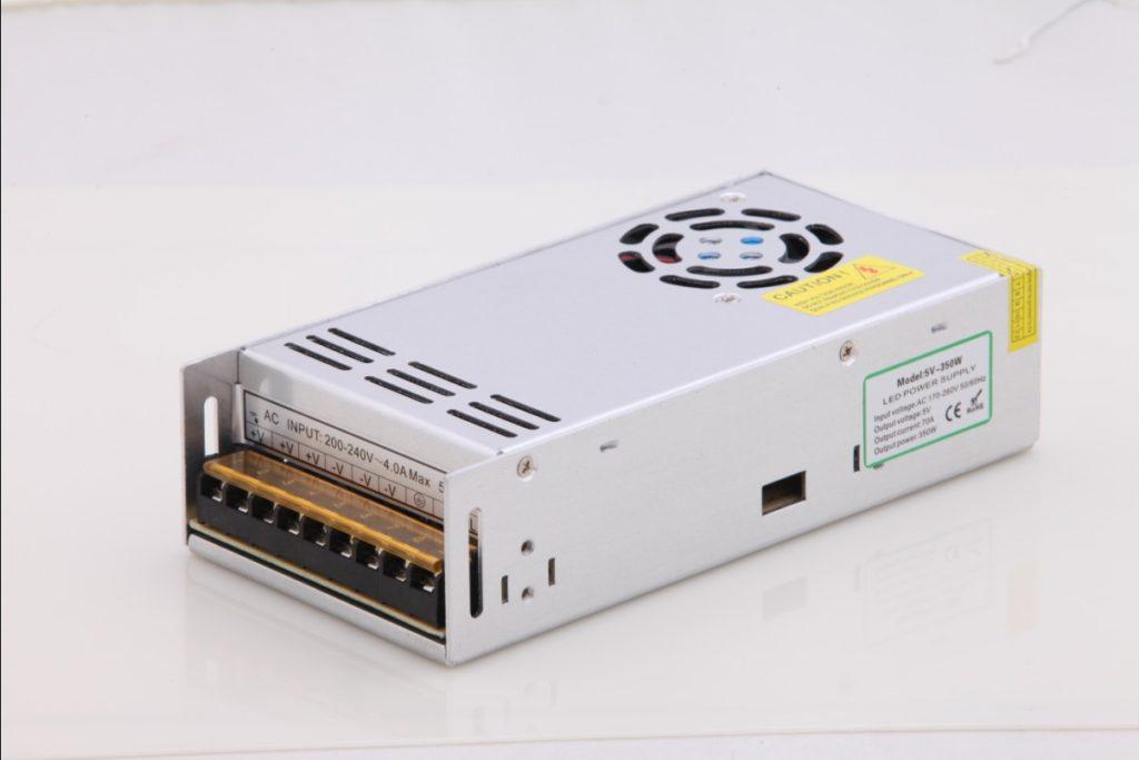 Схема и особенности подключения светодиодной подсветки к компьютеру