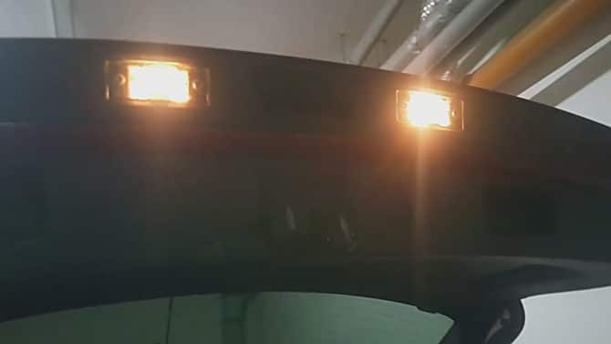 Освещение в крышке багажника