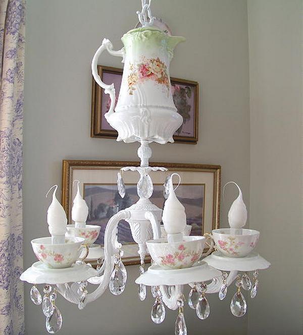 люстра - чайный сервиз