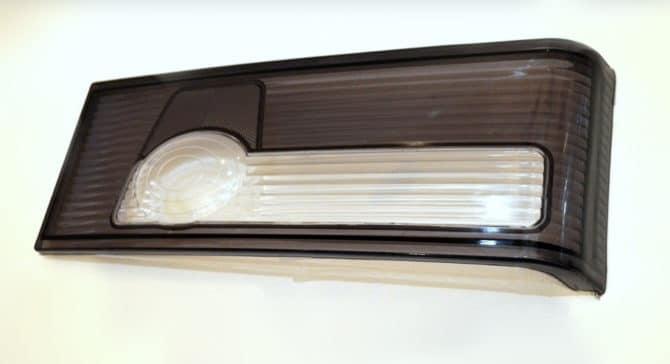 Тонированное стекло заднего фонаря ВАЗ 2109