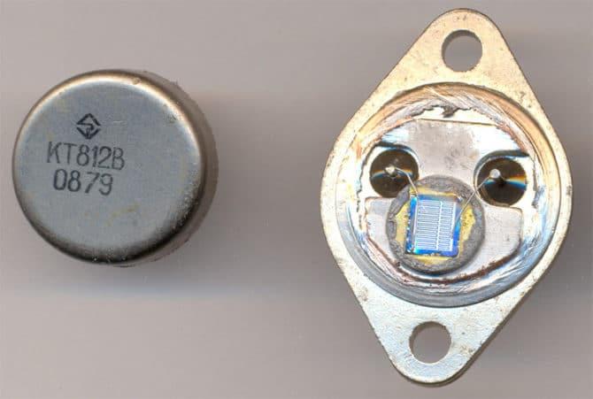 Транзистор батареи